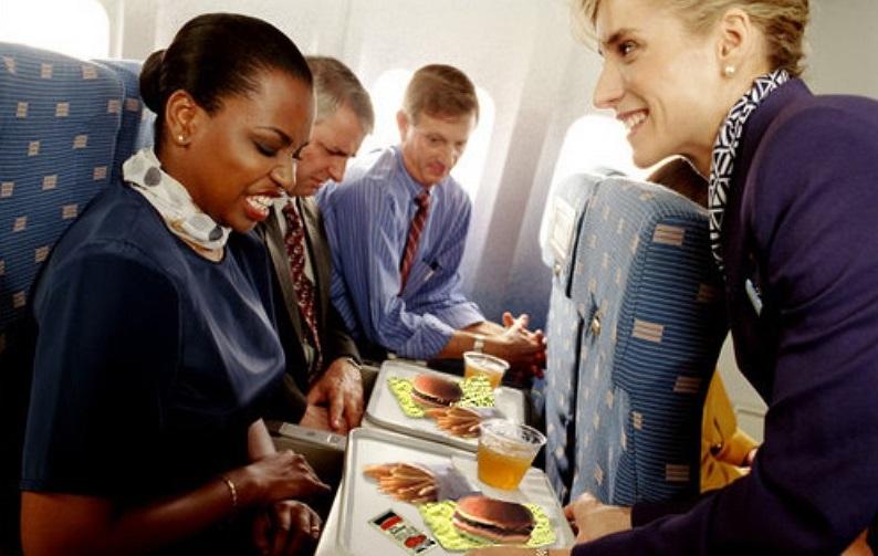 Можно ли брать в самолет свою еду?