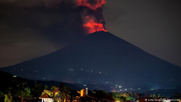 Извержение вулкана на Бали