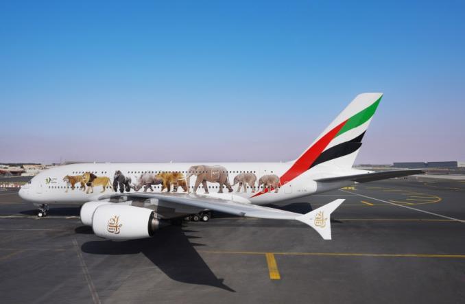 Airbus A380 Emirates в специальной ливрее, посвященной диким животным