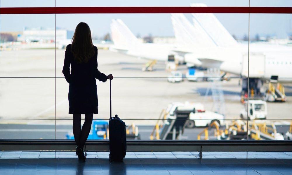 пассажиры отмененных рейсов