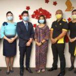 Рейсы Singapore Airlines начали обслуживать дважды вакцинированные экипажи